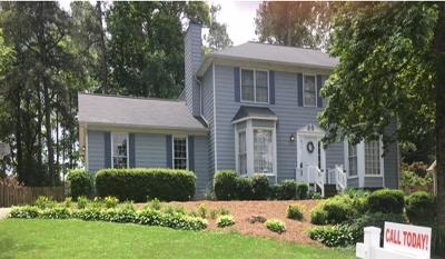 Snellville Single Family Home For Sale: 2800 Hadrian Drive