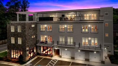 Roswell  Condo/Townhouse For Sale: 305 Canton Way
