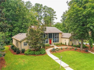 Dunwoody Single Family Home For Sale: 5275 Trowbridge Drive