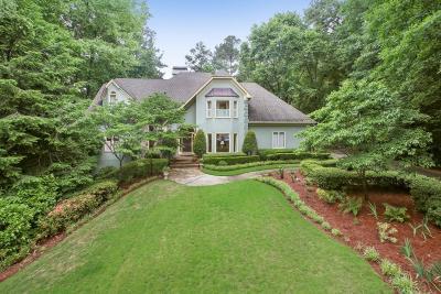 Sandy Springs Single Family Home For Sale: 7585 Bridgegate Court