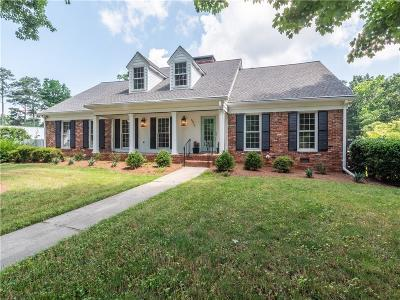 Sandy Springs Single Family Home For Sale: 6975 Hunters Branch Drive