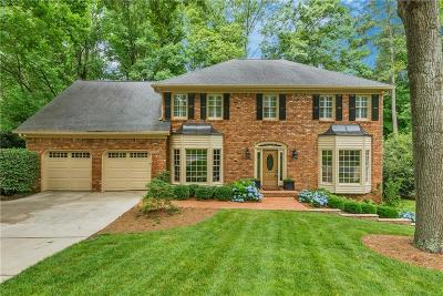 Roswell  Single Family Home For Sale: 630 Wood Work Way