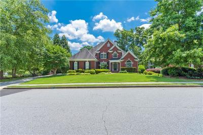 Snellville Single Family Home For Sale: 2270 Woodland Lake Walk