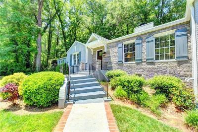Single Family Home For Sale: 485 Valley Road