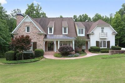Milton  Single Family Home For Sale: 1465 Rolling Links Drive N