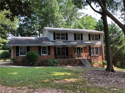Dunwoody Single Family Home For Sale: 4948 Springfield Drive