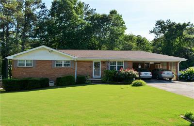 Smyrna Single Family Home For Sale: 2924 Barry Avenue SE