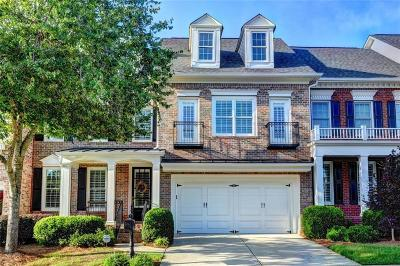 Roswell Condo/Townhouse For Sale: 4008 Village Green Circle