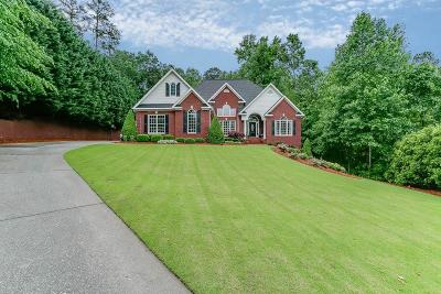 Buford Single Family Home For Sale: 5726 Waterfall Way