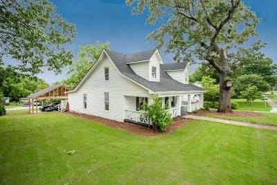 Buford Single Family Home For Sale: 509 W Shadburn Avenue