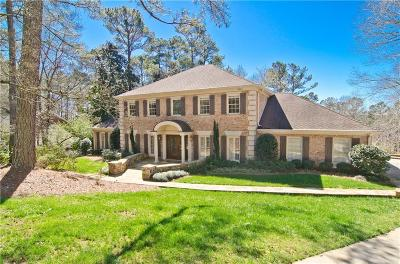 Sandy Springs Single Family Home For Sale: 8930 Ridgemont Drive