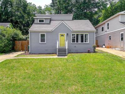Decatur Single Family Home For Sale: 2427 Lynn Iris Drive