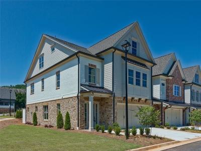 Marietta Condo/Townhouse For Sale: 461 NW Springer Bend