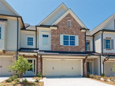 Marietta Condo/Townhouse For Sale: 465 NW Springer Bend