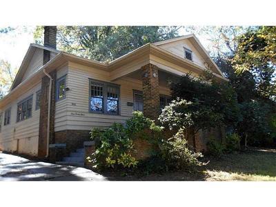 Atlanta Single Family Home For Sale: 993 North Avenue NE