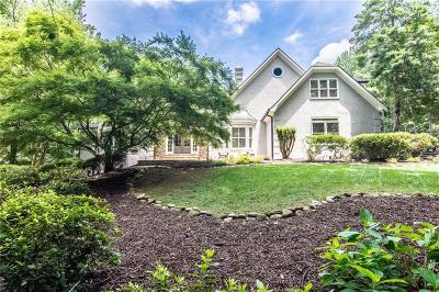 Alpharetta Single Family Home For Sale: 2400 Bethany Bend
