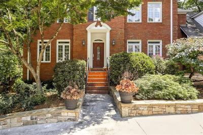 Marietta Single Family Home For Sale: 2375 Brittany Lane