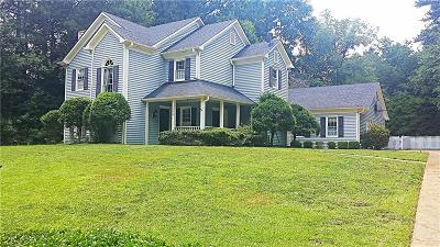 Single Family Home For Sale: 1646 Longwood Drive SW