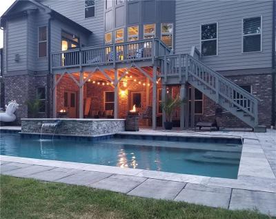 Alpharetta Single Family Home For Sale: 708 Creekside Bend
