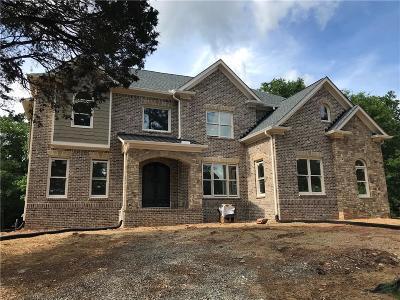 Marietta Single Family Home For Sale: 2437 Hembree Drive
