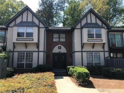 Atlanta Condo/Townhouse For Sale: 6851 Roswell Road #I10