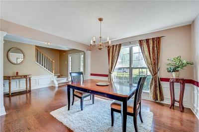 Alpharetta  Single Family Home For Sale: 260 Relais Trace