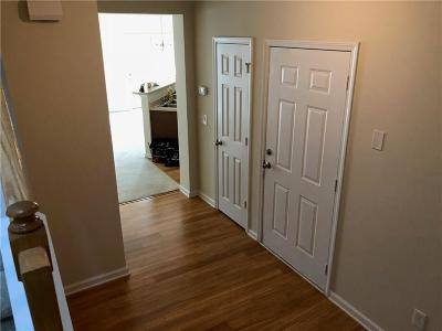 Atlanta GA Condo/Townhouse For Sale: $177,000