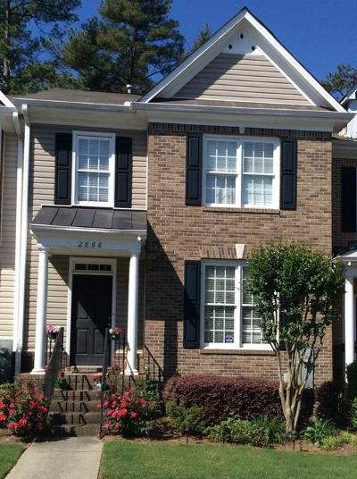 Norcross Condo/Townhouse For Sale: 2866 Langford Commons Drive