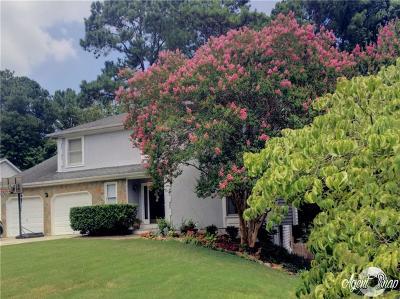 Alpharetta  Single Family Home For Sale: 11125 Pinehigh Drive
