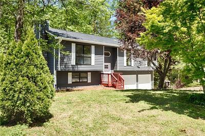 Smyrna Single Family Home For Sale: 650 Gregory Manor Drive SW