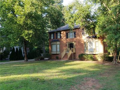 Roswell Single Family Home For Sale: 1518 Tennessee Walker Drive