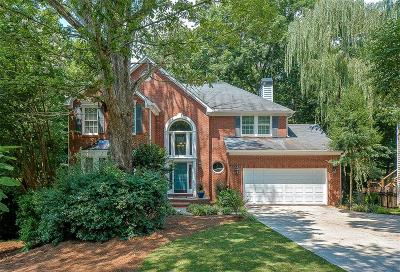Alpharetta, Cumming, Johns Creek, Milton, Roswell Single Family Home For Sale: 1875 Oak Tree Hollow