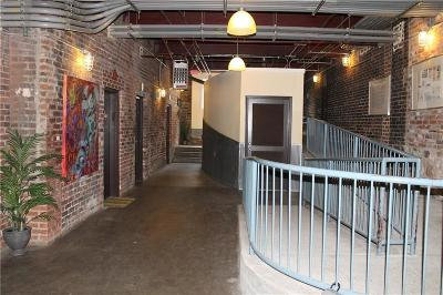 Condo/Townhouse For Sale: 19 Hilliard Street SE #15