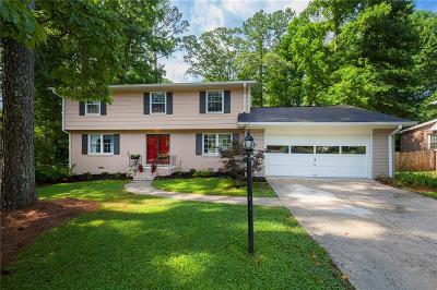 Single Family Home For Sale: 2793 Staunton Drive SE