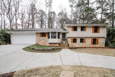 Single Family Home For Sale: 1455 Rochelle Drive