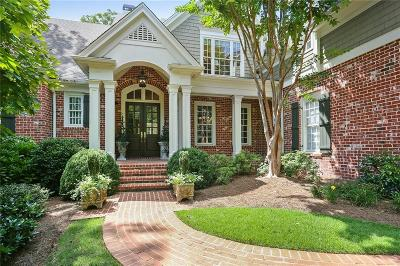 Single Family Home For Sale: 4813 Rivercliff Drive