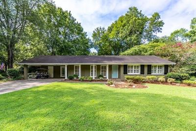 Sandy Springs Single Family Home For Sale: 515 Pine Forest Road
