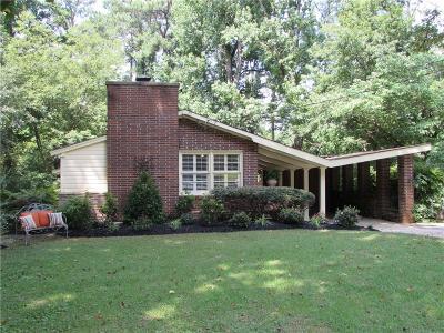 Atlanta Single Family Home For Sale: 3861 Greenhill Drive