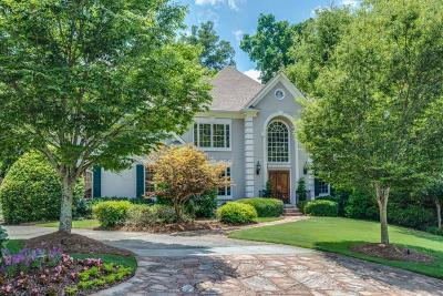 Sandy Springs Single Family Home For Sale: 400 Laurel Chase Court