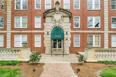 Condo/Townhouse For Sale: 2840 Peachtree Road #403