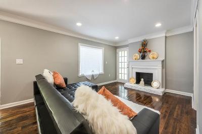 Single Family Home For Sale: 1574 Mayflower Avenue SW