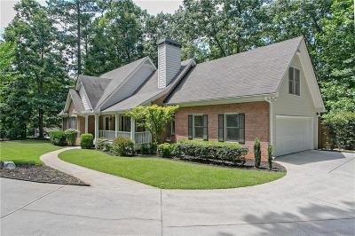 Roswell  Single Family Home For Sale: 1075 Pine Grove Road