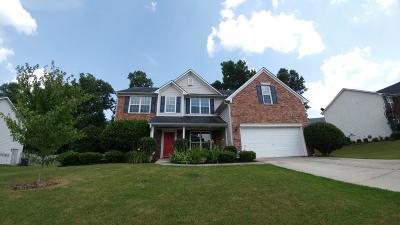 Dacula Single Family Home For Sale: 425 Beckenham Walk Drive