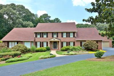 Marietta Single Family Home For Sale: 5485 Lower Roswell Road