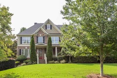 Marietta Single Family Home For Sale: 2710 Rustling Pines Court