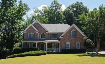 Forsyth County Single Family Home For Sale: 1405 Woodland Trace