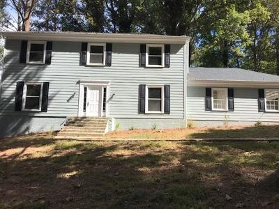 Lilburn Single Family Home For Sale: 396 Bruce Way SW