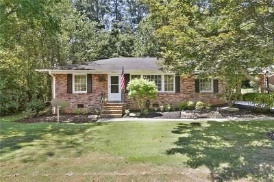 Marietta Single Family Home For Sale: 2206 Lower Roswell Road