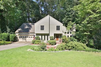 Marietta Single Family Home For Sale: 2532 Chimney Springs Drive