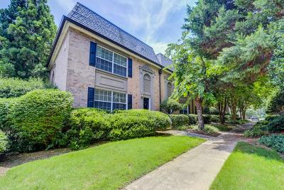 Atlanta Condo/Townhouse For Sale: 6980 Roswell Road #N1